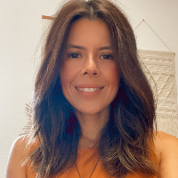 Claudia Young - Online Therapist with 10 years of experience