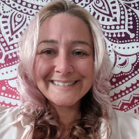 Angela Mesenburg - Online Therapist with 3 years of experience