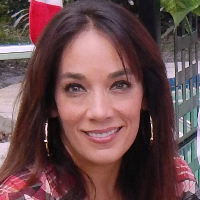This is Eileen Carmona's avatar and link to their profile