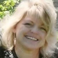 Renee Wells has 20 years of experience