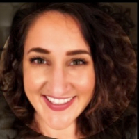Aimee Evnin - Online Therapist with 3 years of experience