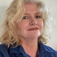 Karen McGuffey - Online Therapist with 15 years of experience