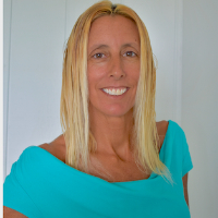 Lori Dadd - Online Therapist with 15 years of experience