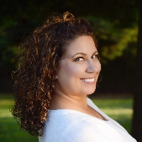 Jacquie McCue - Online Therapist with 6 years of experience