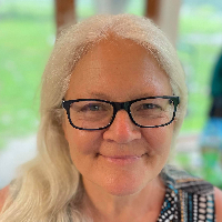Frances Recchi - Online Therapist with 34 years of experience