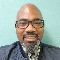Derrick  Singleton - Online Therapist with 12 years of experience