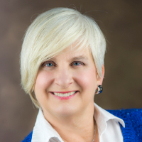 Dr. Nancy Simpson - Online Therapist with 10 years of experience