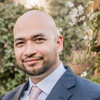 Eddie Quintana - Online Therapist with 15 years of experience