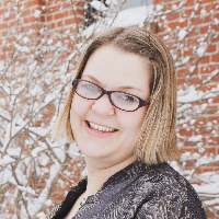 Monica Kroeplin - Online Therapist with 10 years of experience