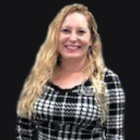 Michaela Carroll - Online Therapist with 15 years of experience