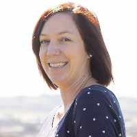Paula M - Online Therapist with 10 years of experience