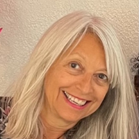 Stacey Caren - Online Therapist with 3 years of experience