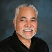 Gil Carmona - Online Therapist with 30 years of experience