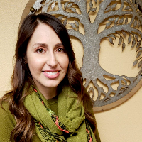 Mandy Lopez Azimy - Online Therapist with 8 years of experience