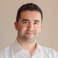 Dr. Alberto Ibarra - Online Therapist with 8 years of experience