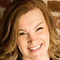 Dr. Amanda Westfall - Online Therapist with 3 years of experience