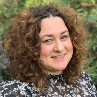 Claire  Cabellos - Online Therapist with 5 years of experience