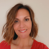 Laura Bodrog - Online Therapist with 15 years of experience