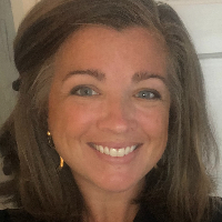 Elizabeth  Morton - Online Therapist with 14 years of experience