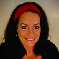 Stacy Veach - Online Therapist with 24 years of experience
