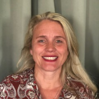 Juline  Hobson - Online Therapist with 3 years of experience