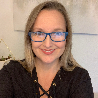 Denise Tompkins - Online Therapist with 18 years of experience